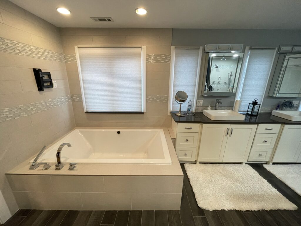 Bathroom with custom square jacuzzi tub